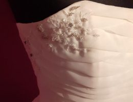 Short bridal close up-jenny dixon- jennydixoncouture.com