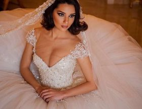 bride in big gown - noellalovelyweddings- jennydixoncouture.com