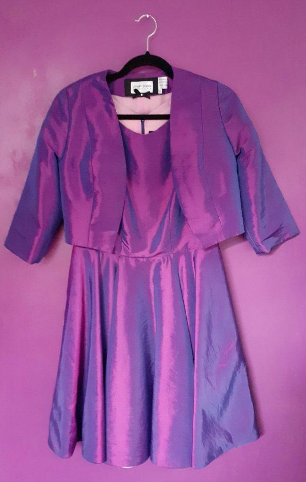 purple taffeta wall- jenny dixon- jennydixoncouture.com